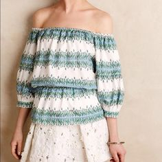Anthropologie Pamet off the shoulder top Adorable off the shoulder top! Floral print and perfect for spring summer. Elastic waist and top. Could fit XS-medium Anthropologie Tops Blouses