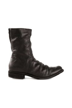 Oil treated black horse leather boot from A Diciannoveventitre featuring a  round toe 997dc7f9bb5