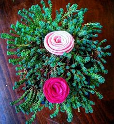 Günaydin #aysfelt #felt #handmade #roses #sedum #goodmorning by aysfelt