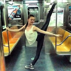 Here's a novel way of commuting into work AND just what subways are for according to #Bloch fan Genevieve Eveleigh