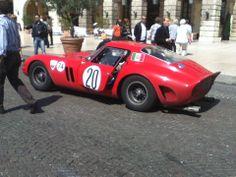 italie rome défile voiture ancienne