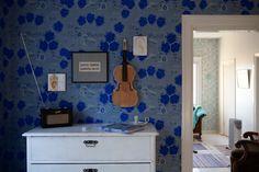 Bathroom Lighting, Cottage, Cabin, Mirror, Wallpaper, Haku, Furniture, Design Shop, Home Decor