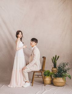 Pre Wedding Poses, Pre Wedding Photoshoot, Korean Wedding Photography, Indoor Wedding, Cristiano, Photo Studio, Decoration, Studios, Wedding Girl