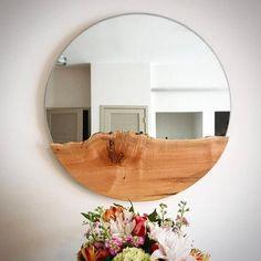 Items similar to Round mirror/ liveedge mirror large round mirror rustic mirror antique mirror bathroom mirror hanging mirror wall mirror mirror on Etsy Mesa Live Edge, Live Edge Wood, Live Edge Table, Rustic Mirrors, Wood Mirror, Mirror Bathroom, Mirror Hanging, Mirror Mirror, Vintage Mirrors