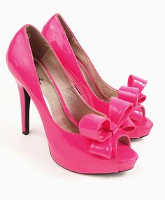 Hot pink heels on my wedding day? I think so