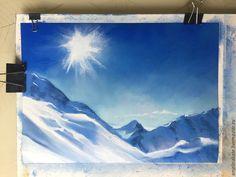 Меня зовут Екатерина, я художник. Хочу познакомить вас с техникой рисования сухой пастелью на наждачной бумаге. Техника не сложная, она позволяет делать яркие и солнечные рисунки. Дополнительный штрих — сделаем снег путём распыления краски на готовый рисунок при помощи зубной щётки. Нам понадобится: 1) сухая пастель (средней жесткости) например, «Rembrandt» 45 цветов или Koh-i-noor.