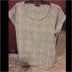 B&W Zara top- brand new This top is super cute with jeans and a pair of heels or flats! Perfect condition & the sleeves came with them rolled. Zara Tops