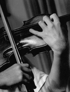 Horace Bristol: Violinist Yehudi Menuhin, c. 1937