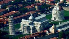 Piazza Duomo o Piazza dei Miracoli di Pisa - guida e informazioni su: Piazza Duomo o Piazza dei Miracoli