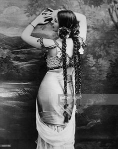 Portrait of Dutch dancer and spy Mata Hari (1876 - 1917), who joined the German Secret Service in 1907 and reportedly betrayed many of the secrets confided to her by Allied officers with whom she was intimate, Paris, 1900s. She was accused of being a double agent and executed by firing squad by the French in 1917.