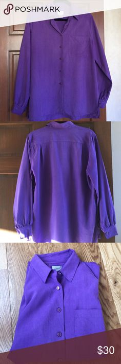 💋💜 Jacqueline Ferrar blouse 💜💋 100% Silk, beautiful Jacqueline Ferrar blouse in lilac. Perfect condition. Size Misses Large. Button front, front breast pocket. Wear tucked into black slacks or wear loose or belted over tight leggings. Easy to dress up or down. Jacqueline Ferrar Tops