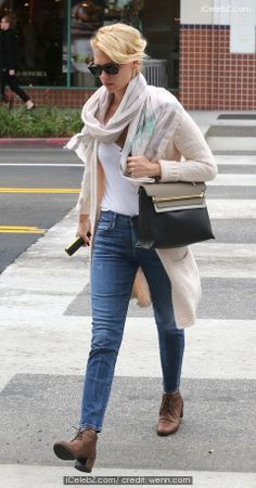 January Jones goes shopping at Sandro and All Saints in Beverly Hills http://www.icelebz.com/events/january_jones_goes_shopping_at_sandro_and_all_saints_in_beverly_hills/