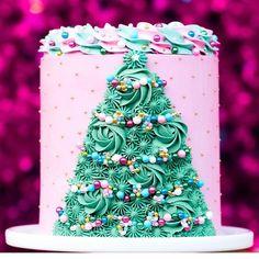 protein mug cake Christmas Tree Cake, Christmas Party Food, Christmas Cupcakes, Christmas Sweets, Noel Christmas, Christmas Goodies, Christmas Baking, Christmas Birthday Cake, Christmas Cake Decorations