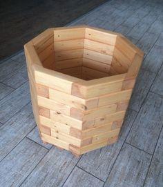 Garden planter box.  Деревянное кашпо для цветов, растений и деревьев