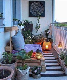Small balcony ideas, balcony ideas apartment, cozy balcony design, outdoor balcony, balcony ideas on a budget Boho Style Decor, Bohemian Decor, Bohemian Style, Bohemian Garden Ideas, Bohemian Living, Modern Bohemian, Small Balcony Decor, Balcony Ideas, Patio Ideas