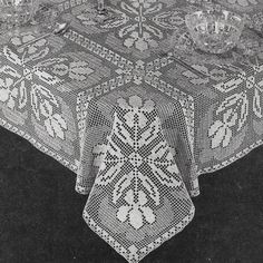Crochet Tablecloth Pattern, Iris Motif, Lace Crochet Tablecloth, Vintage Pattern, 40s Crochet  Pattern, PDF Patterns, Instant Downloads
