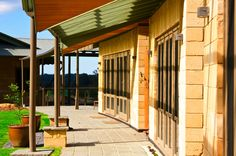 This home has been designed and built to make its low environmental impact as important as its creativity and quality of construction. Winter Sun, New Builds, Minimalism, Pergola, Deck, Construction, Outdoor Structures, Rustic, Building