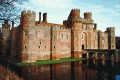 Why hello Herstmonceux Castle! see you, and the rest of England, in a MONTH! <3 as if I'm living here for 6 WEEKS!