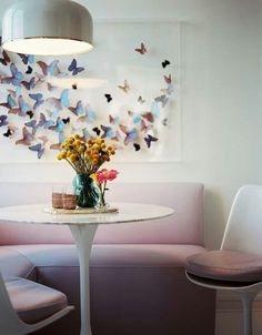Butterfly taxidermy in your interior. Mounted butterflies in flight on your wall. Www.demuseumwinkel.com. opgezette vlinders in je interieur!