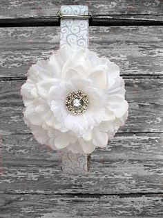 White Wedding Dog Collar with White Flower Accessory on Etsy, $42.00