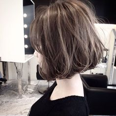 뒷모습으로보는 단발머리스타일ver-준오헤어방배2/방배미용실 : 네이버 포스트 Love Hair, Subtle Highlights, Bob Cut, Hairstyles Haircuts, Asian Hairstyles, Hair Inspo, Hair Inspiration, Medium Hair Styles, Curly Hair Styles