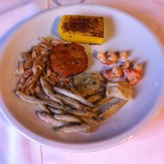 Pesì e polenta