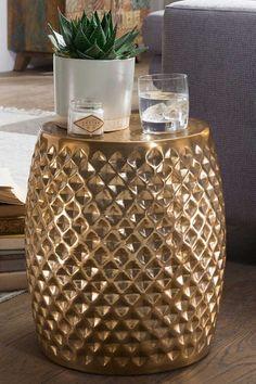 Sofa Anstelltisch Oladio in Goldfarben aus Aluminium Aluminium, Modern, Furniture Design, Vase, Industrial, Couch, Decor, Environment, Accessories