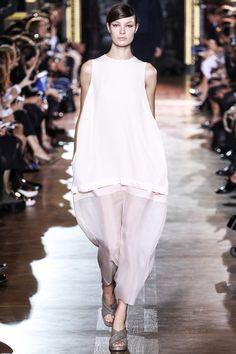 #StellaMcCartney #Spring2014 #Catwalk #trends #ParisFafhionWeek #Paris #SS2014 #volumetry #volumetría