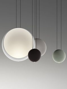 Cosmos: spheres of light that float suspended in the air - Vibia lamp designed by Lievore Altherr Molina. Love this suspension lamp. Lighting Store, Home Lighting, Modern Lighting, Lighting Design, Pendant Lighting, Modern Lamps, Pendant Lamps, Light Fittings, Light Fixtures
