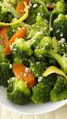 Lemon Broccoli .......... I have been looking for this recipe!  Cheddar's has some type of lemon sauce on their steamed broccoli and it's delish!