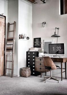 Vill verkligen hitta ett sätt där iMacen kan smälta in i vardagsrummet. iMac, a little tech for the space #oakridgestyleheist