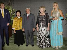 Princess Maxima and Prince Willem-Alexander and Queen Beatrix on the last day of the 2 day state visit to Singapore