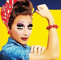 Bianca Del Rio serving 50's housewife realness