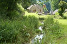 Mill Race Cottage is ideally situated on the edge of the Peak District National Park in the popular village of Bonsall. Holidays In England, Uk Holidays, Luxury Holidays, Luxury Holiday Cottages, Self Catering Cottages, Rural Retreats, Peak District, Short Break, Stay The Night