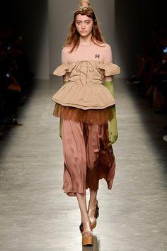 Rochas at Paris Fashion Week - SS 2017