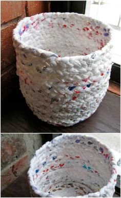 30 Amazing Upcycling Ideas To Turn Grocery Bags Into Spectacular Creations - diy projects Reuse Plastic Bags, Plastic Bag Crafts, Plastic Bag Crochet, Diy Plastic Bottle, Plastic Grocery Bags, Reusable Grocery Bags, Plastic Spoons, Fused Plastic, Plastic Wrap