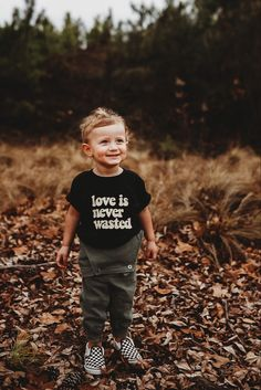 Baby Shirts, Family Shirts, Hipster Babies, Christmas Gifts For Kids, Comfort Colors, Mommy And Me, Graphic Tees, Trending Outfits, Box