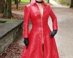 Etsy :: Jouw platform voor het kopen en verkopen van handgemaakte items Leather Jacket Dress, Red Leather, Women's Fashion, Trending Outfits, Coat, Unique, Jackets, Clothes, Vintage