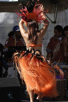 Island wahine hula dancer    http://www.empowernetworkpros.org/