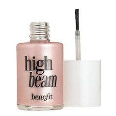 Dab Benefit High Beam on your cheekbones and brow bones for a radiant look that's sure to wow the crowd on your wedding day.