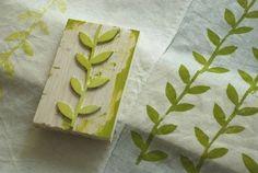 Inspiration * Flora Douville: patterns diy stamps on . Diy Stamps, Handmade Stamps, Stamp Printing, Printing On Fabric, Illustration Blume, Stamp Carving, Carving Wood, Fabric Stamping, Ideias Diy