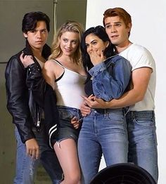 Riverdale is what i ment but now i have to save it to Tiverdale Kj Apa Riverdale, Riverdale Netflix, Riverdale Funny, Riverdale Memes, Riverdale Quiz, Betty Cooper, Archie Comics, Lying Game, Lili Reinhart And Cole Sprouse