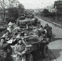 https://flic.kr/p/ypSrD1   Polish 1st AD April 45 by Wesel, note the HSC with 1919 and additional armour protection on the Cromwell.
