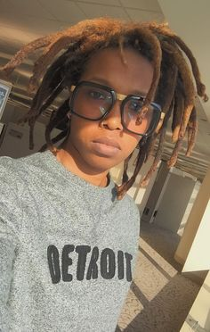 Freeform locs - my girl! Dreadlock Hairstyles, Easy Hairstyles, Hair Locks, My Hair, Beautiful Dreadlocks, Afro, Dreads Styles, Naturally Beautiful, Brown Skin