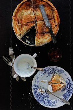 Pratos e Travessas: Charlotte de maça # Apple charlotte | Food, photography and stories