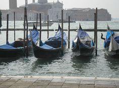 Fotografía: Luis Muslera Madrid, Spain, Boat, Vacation, Venetian, Palaces, Boats, Dinghy, Vacations