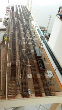 N Scale Train Layout, Model Train Layouts, N Scale Model Trains, Scale Models, Model Railway Track Plans, Model Supplies, Garden Railroad, Electric Train, Ho Trains