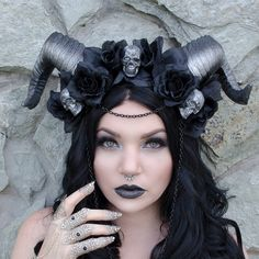 Goth skull horn headdress  - maleficent