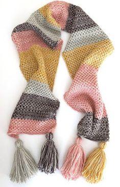 Crochet Scarves, Crochet Shawl, Knit Crochet, Hand Crochet, Addi Knitting Machine, Loom Knitting, Finger Knitting, Hand Knitting, Hand Knit Scarf