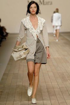 Max Mara Spring 2006 Ready-to-Wear Fashion Show Collection